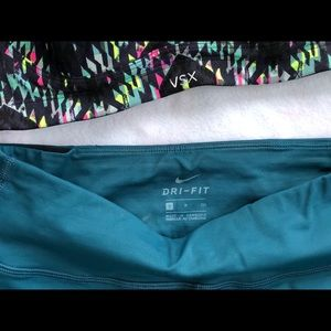 Nike Pants - Nike Teal Mid-Rise Running Crop Pant